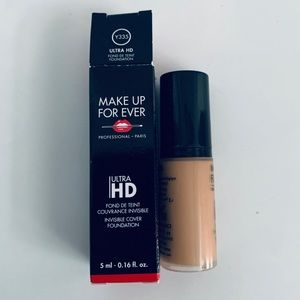 Make Up For Ever Ultra HD Foundation Y335